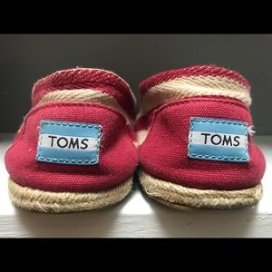 TOMS espadrilles! Red and white striped